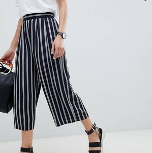 ASOS DESIGN Cropped Navy Striped Culottes